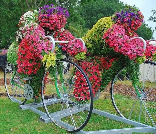 Велосипед в  ландшафтном дизайне