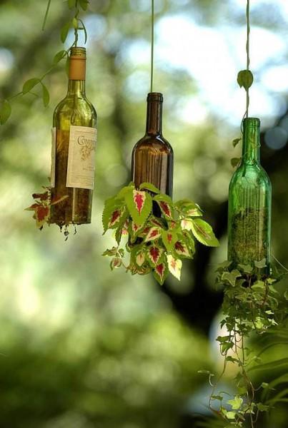 Горшки из винных бутылок