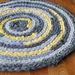 Бабушкин коврик, как украшение современного интерьера