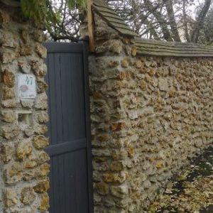 Каменные заборы (15 фото из Франции)