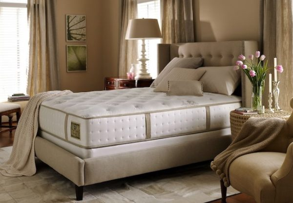 Ліжка Delavega в Києві