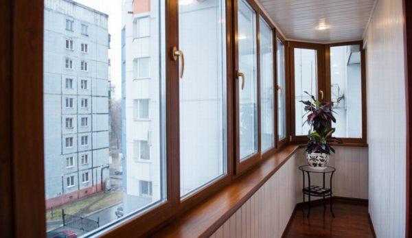 Отделка балконов и лоджий цена в Москве