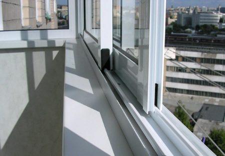 Теплое остекление балконов в Москве
